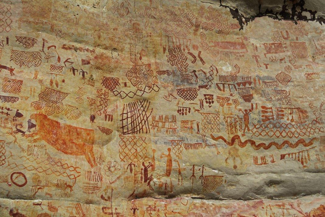 prehistoric rock art paintings